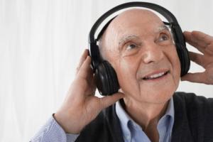 Muziek - koptelefoon - luisteren - activiteit - ontspanning